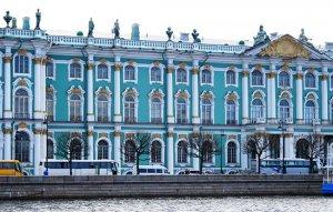 מוזיאון האמנות אֶרְמִיטָאז' בסנט פטרבורג. הגדול ברוסיה ואחד הגדולים בעולם