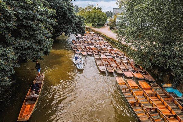 סירות בתעלת אוקספורד