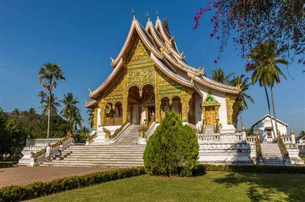 מקדש בודהיסטי בלואנג-פראבנג